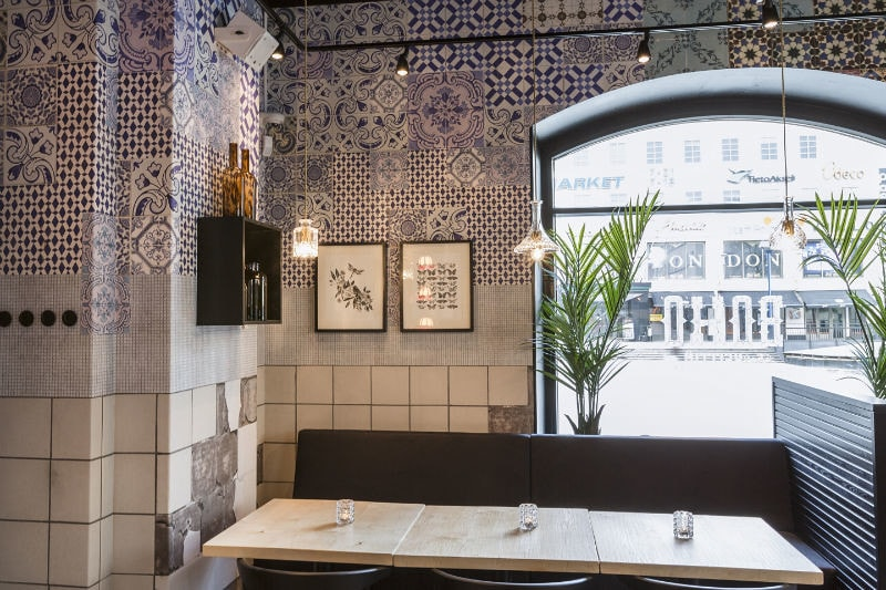 wall_and_deco_tell_me_tiles
